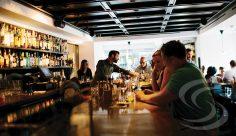 9 razões para investir na comunicação visual do seu bar
