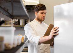 Controle de estoque de restaurante: 5 dicas para otimizar o processo